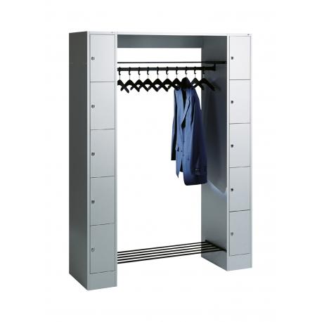 C+P Garderobe mit Schließfächern